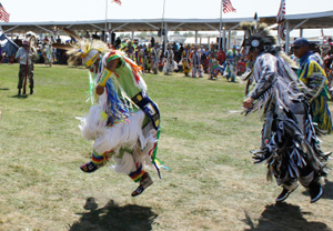 a history of powwow dances-mens grass-web.jpg